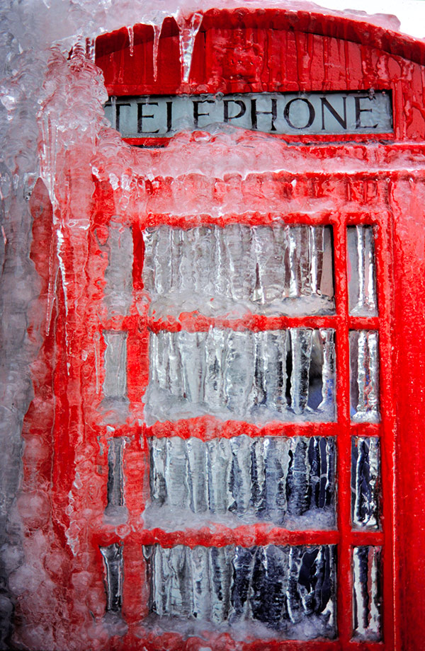 frozen-phonebox